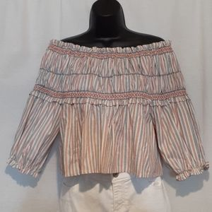 Gianni Bini Off the shoulder crop top size Small